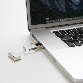 Pen Drive de Vidro Personalizado de 4GB